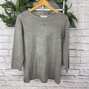 Carolyn Taylor Gray 3/4 Sleeve Pullover Sweater